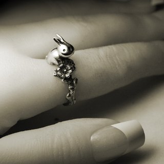 Rabbit flower silver ring