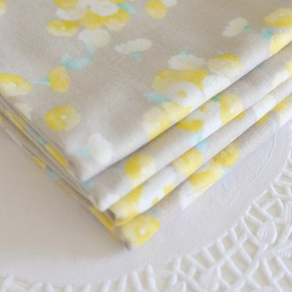 Elegant yellow flower towel