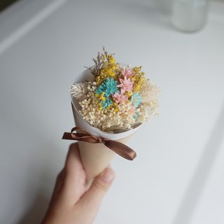 【Q-cute】 dried flowers bouquet series - colorful sweetener - graduation bouquet