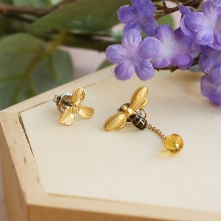 Japanese handmade ornaments - bee earrings