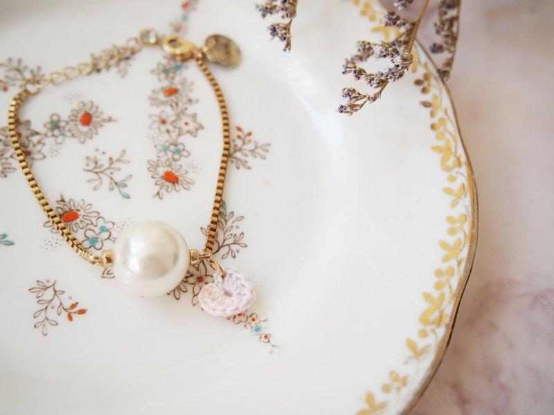 法式粉紅色人手編織心形蕾絲編片配人造珍珠手錬
