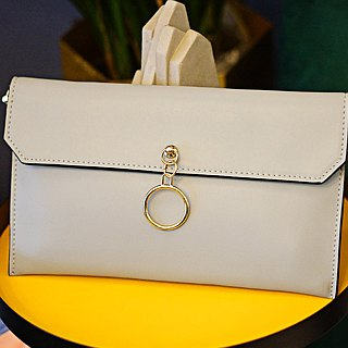 [Hong Kong, Macao and Taiwan] MBS Sugi made holiday series tassel clutch bag chain envelope bag