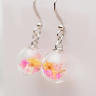 「愛家作-OMYWAY」 Hand Made Dried Flower - Glass Globe- Earrings- Drop Earrings - Drop Clip on Earrings – Clip Earrings 1cm