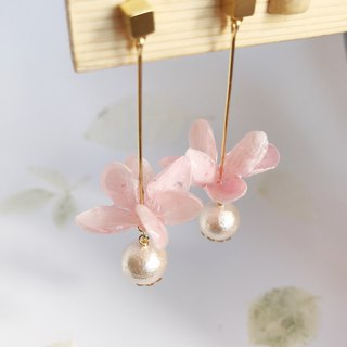Real flower Hydrangea Earrings with Cotton Pearl 18KGP