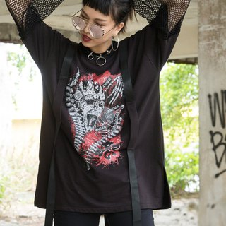 Spine Skull Totem Netting Sleeve Top T-shirt black