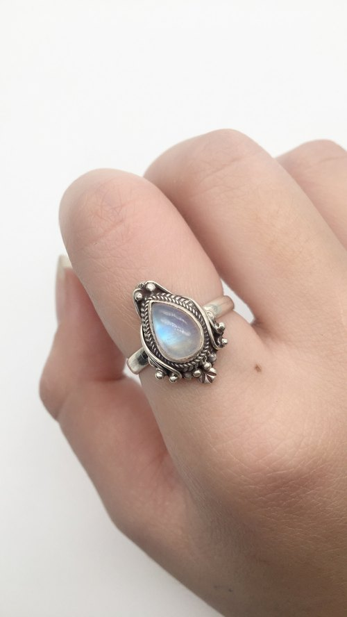 Moonstone 925 sterling silver mirror ring Nepal handmade mosaic production - water drops gem models