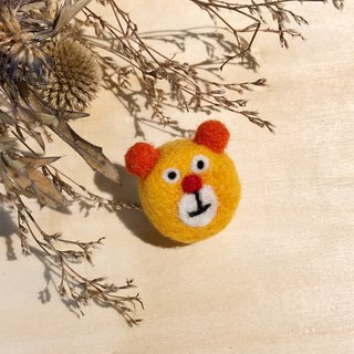Wool felt pin - orange bear