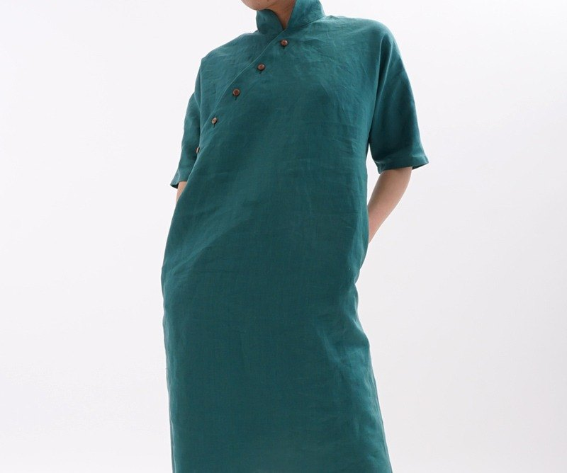 linen / linen dress / Ao dai / dorman sleeve / midi dress / half sleeve / green