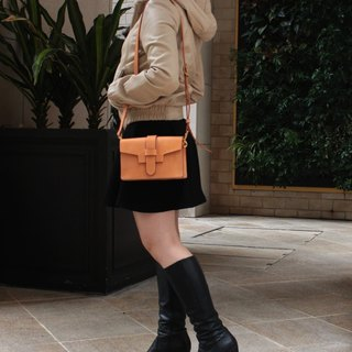 MOOS leather shoulder leather small suitcase Italy original color vegetable tanned saddle leather