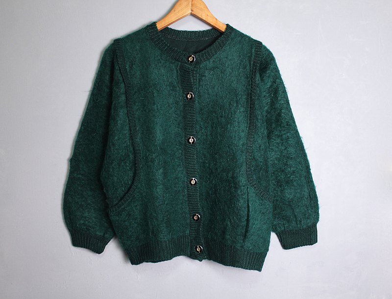 FOAK vintage 70s emerald green double pocket sweater coat