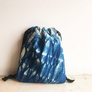 Blue dyed bundled rope rope bag |