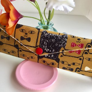 Wen Qingfeng environmental chopsticks bag 喵喵 Roman Skaqi yellow hand made tableware bag. Exchange gifts.