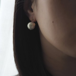 Earrings:The Doreen Earrings - E014 14K GF studs/E014 Resin ear clips,Japanese cotton pearl, gift, Japan made, USA, accessory, cream white, tailor made, 耳環,日本棉棉珠,14K包金,日本制,美國制,禮物,飾品,珍珠白,奶油白,淡金色,耳釘,耳夾,訂製
