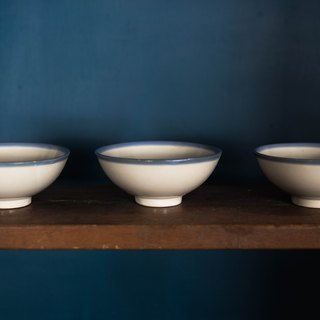 Constellation SECLUSION OF SAGE / white porcelain blue with a small bowl