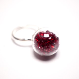 A Handmade crimson crystal ball ring