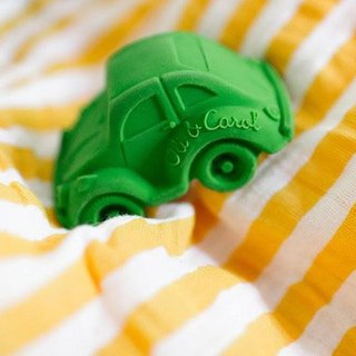 Spain Oli & Carol | modern small tortoise car - green | natural non-toxic rubber soft toothbrush / bath toys