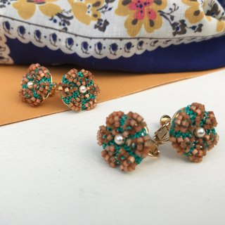 Vintage earrings(orange-green) / Clip-ons / gift