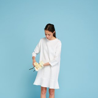 KIKI DRESS (very white)