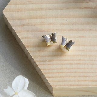 Handmade pearl butterfly earrings