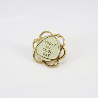 No.102 TODAY IS A GOOD DAY BROOCH 好日珐瑯胸針 - 米色