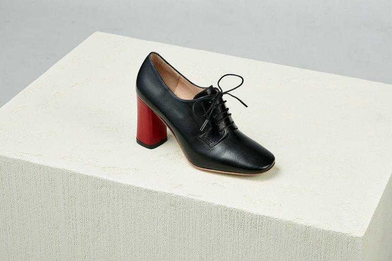 【Online Exclusive】HTHREE 8.5德比高跟鞋 / 黑