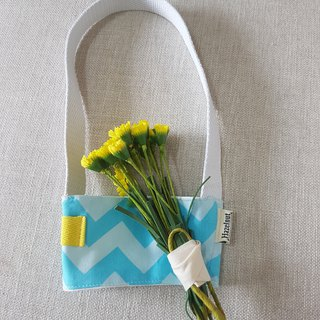 Handmade Nordic light blue wavy style green beverage bag