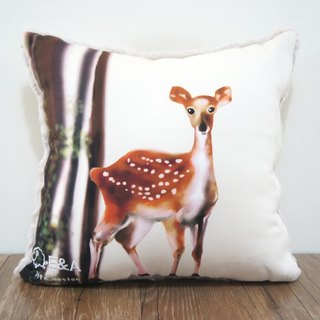 Taiwan Sika Deer Pillow (Taiwan Cypress) Doe -30cm