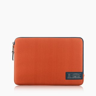 Matter Lab CÂPRE MB Pro 15.4 Storage Case - Sunlight Orange