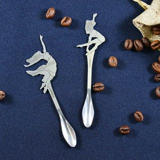 [Desk+1] modern dance series - stirring spoon - two into the group