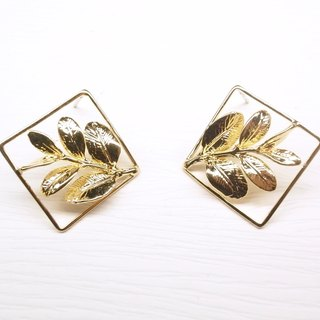 """Two silver"" [leaf specimens small picture brass earrings] (brass plated 18K gold) (one pair)"