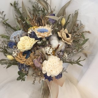 Lots in front of the window sill / natural gray blue and yellow earth tones - dry bouquet Bridal bouquet