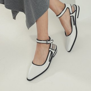 Jumping color frame line around the ankle leather flat shoes black and white
