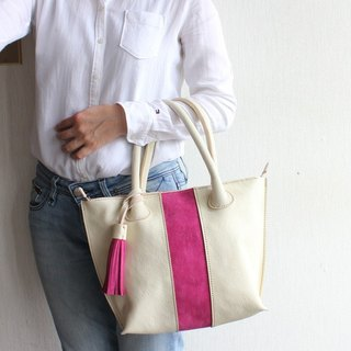 Ivory leather tote bag / pink tassel
