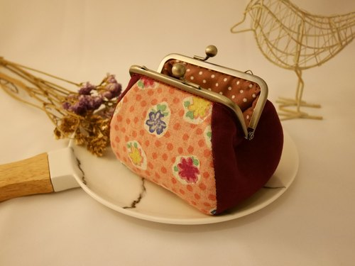 Pink round flower square mouth gold package