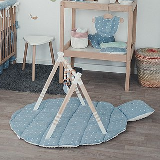 Wooden baby play gym and mobile accessories (white)