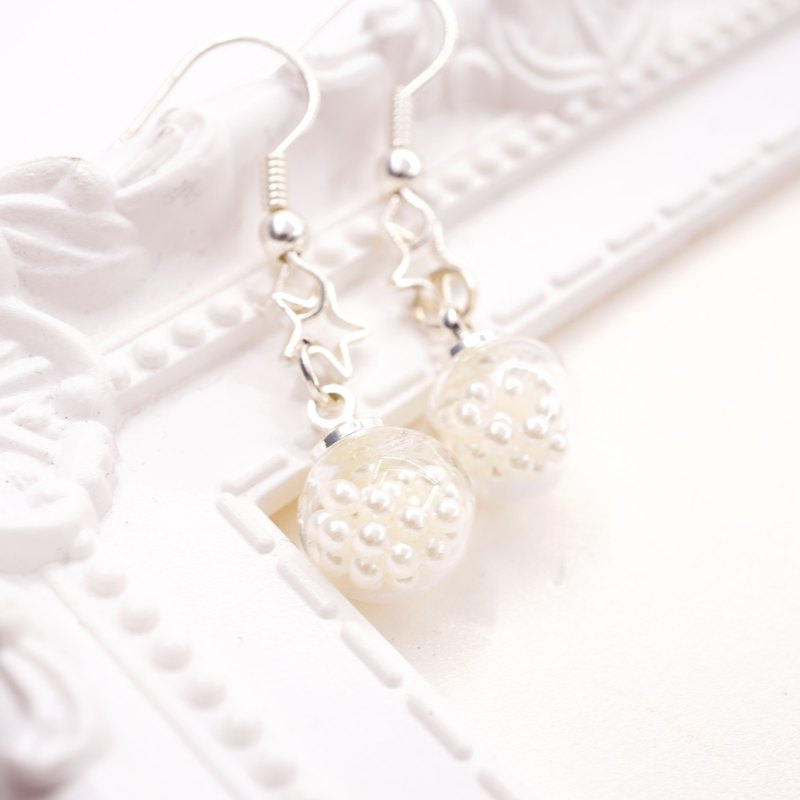 A Handmade hanging glass ball earrings imitation pearl