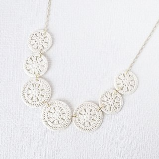 Lace motif necklace 7 rows (white) P0018