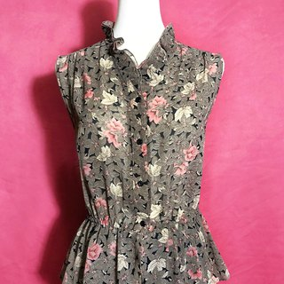 Double layered collared chiffon sleeveless vintage shirt / Bring back VINTAGE abroad