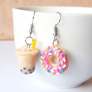 Bubble milk tea + donut Strawberry  earring