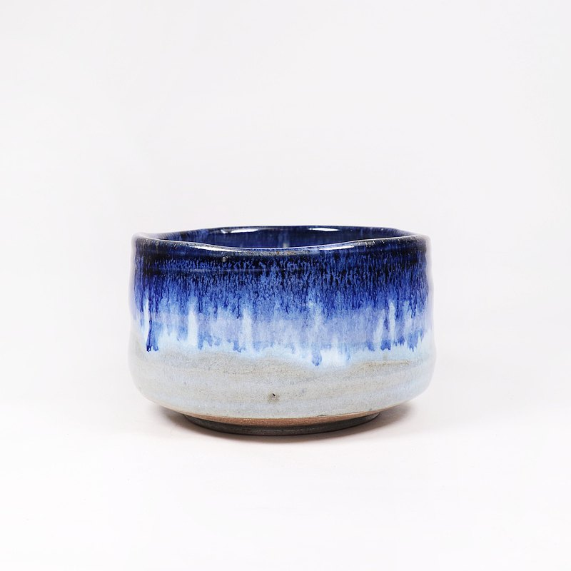 Mingya Kiln l Firewood Burnt Ash Glaze Iron Spot Blue Flow Tea Bowl
