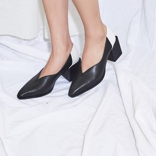 Splicing small square head leather heel shoes black and white