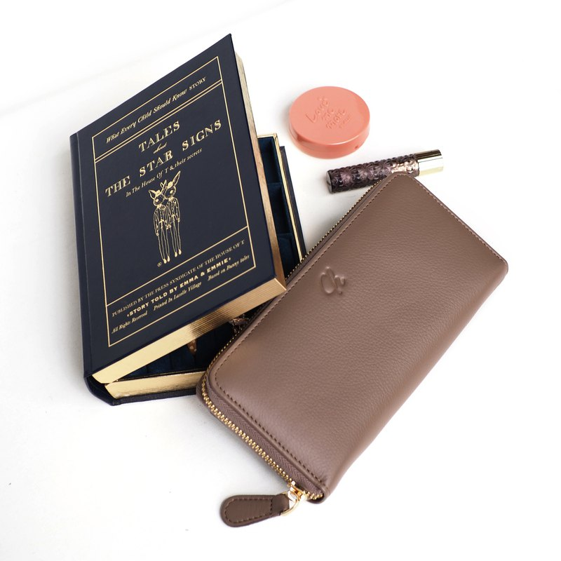 Classic wallet (Warm taupe) : Long zip wallet, cow leather