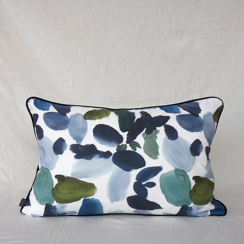 SUMMER BOTANICAL Cushion in Multi-Blue 40 x 60 cm