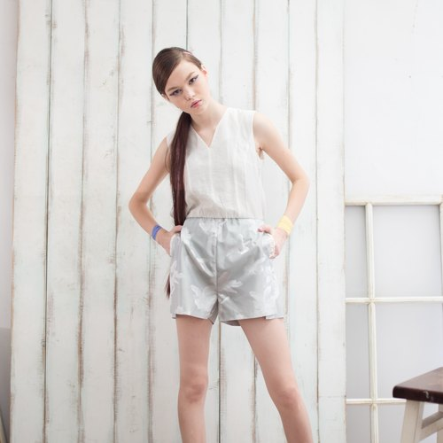 [Celebrate the opening of] white lace one-piece pants Floral Jumpsuit (original 13,800)