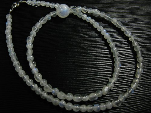 muso: Moon Dan Yueguang stone necklace Moonstone Necklace, gentle temperament girl to Blu-ray