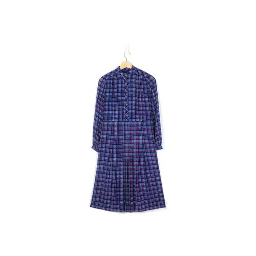 [Eggs] plum fruit plants vintage plaid print vintage dress party