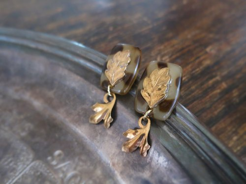 Vintage leaf earrings leopard vintage earrings lflp <PE-lplf1>