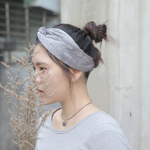 Snow gray / silver gray flannel / handmade cross elastic headband