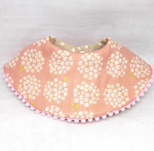 Japanese Handmade 8-layer-gauze 360℃ circle bib with bonbon