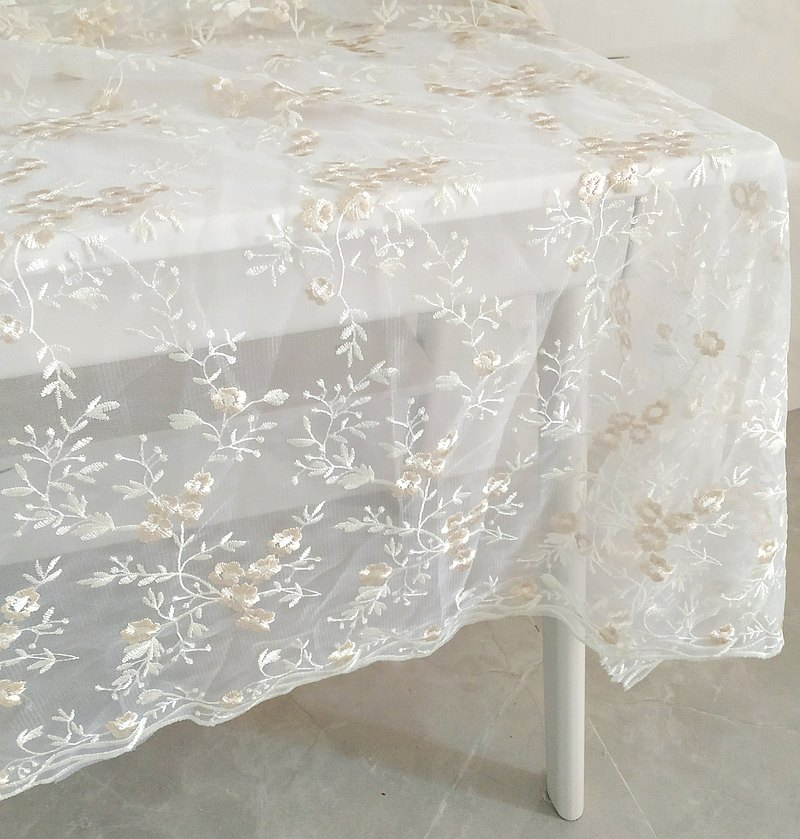 Mesh embroidered tablecloth